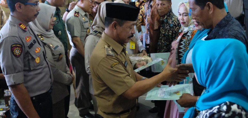 Sertifikat Tanah Program PTSL Mulai dibagikan di Gowa