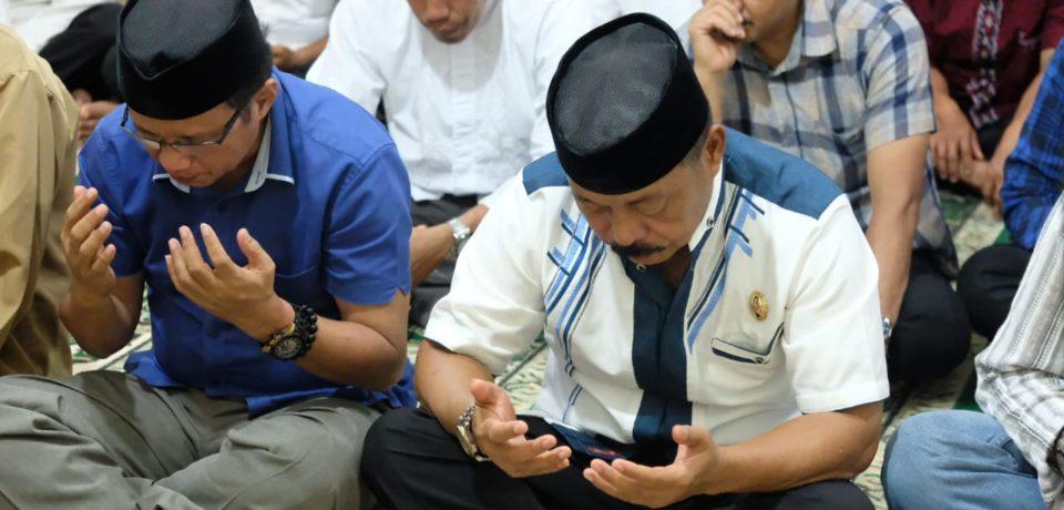 Hari Kedua Safari Ramadhan, Wabup Gowa Tarawih Bersama Masyarakat Biringbulu