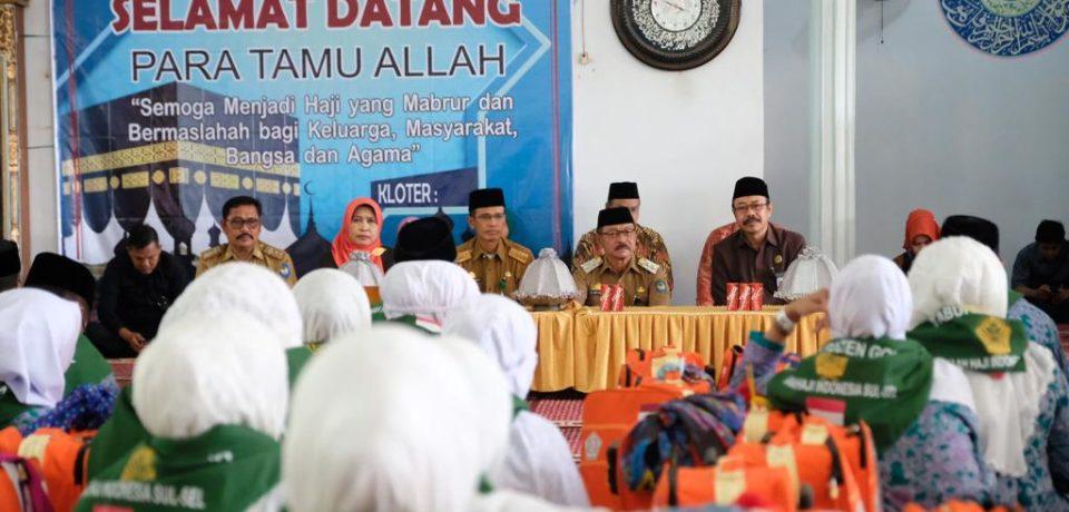 Wabup Gowa Lepas 450 JCH Kabupaten Gowa