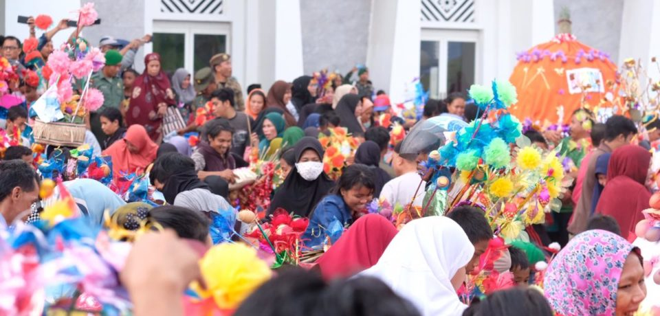 5.205 Bakul jadi Rebutan Masyarakat di Maudu Adaka Ri Gowa
