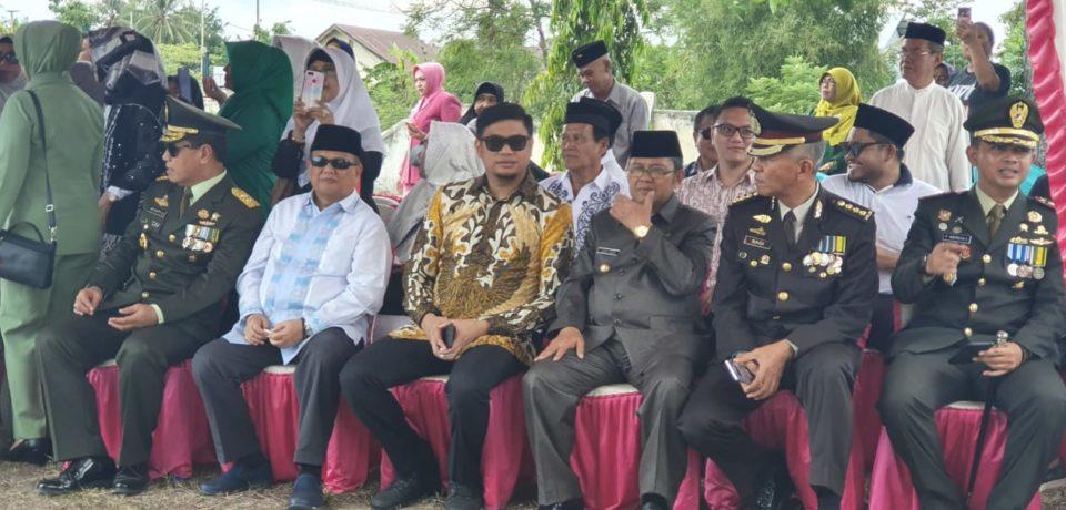 Mewakili Cicit Almarhum H. Abdullah Amu, Bupati Adnan Hadiri Upacara Pemindahan Makam