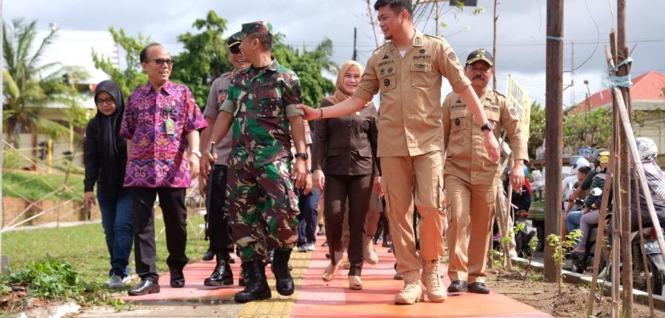 Bupati Adnan Pantau Finishing RTH, Progres Capai 98 Persen