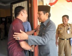 Penjabat Bupati Gowa, H Sidik Salam mengunjungi KPU Gowa. -foto/humas-
