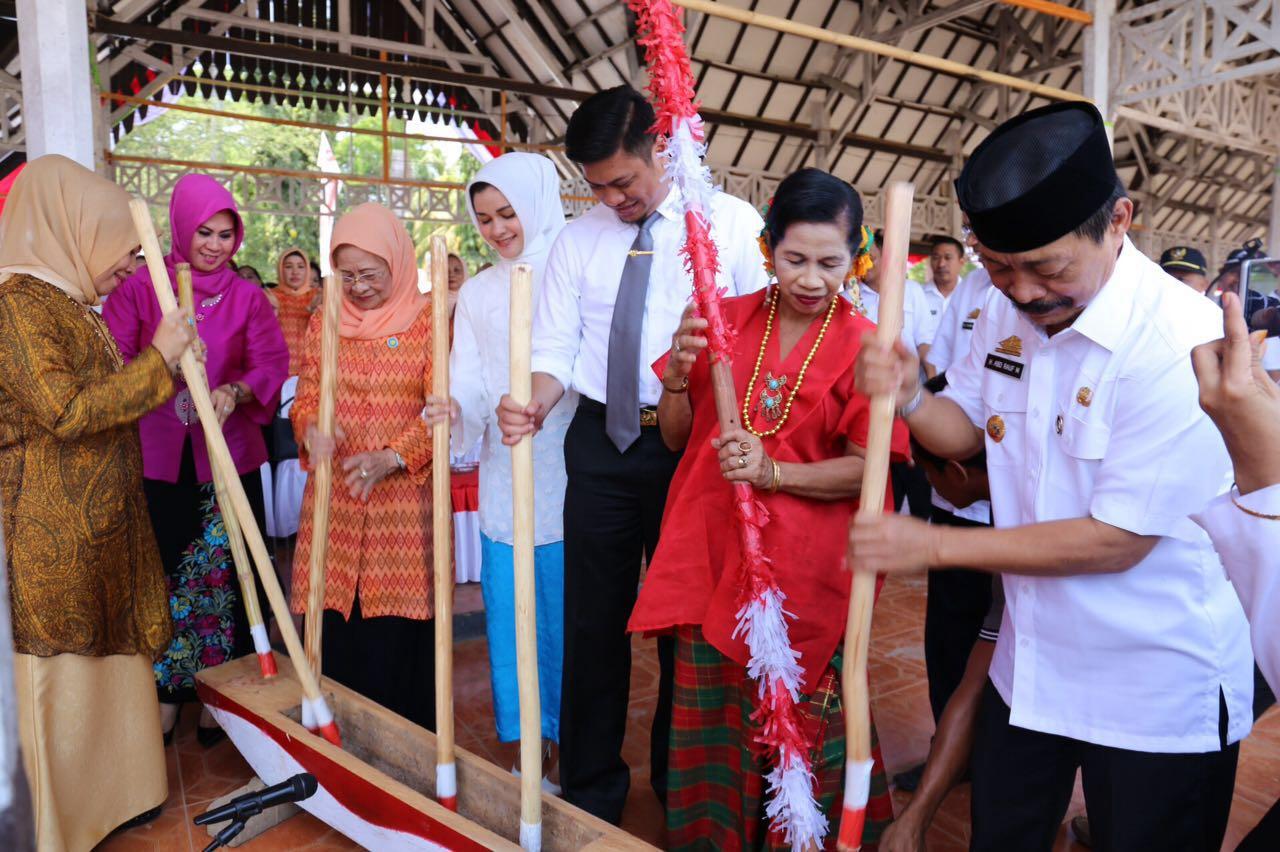 Festival Padekko Lestarikan Budaya Gowa