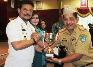 Penghargaan Kelurahan Pelaksana Terbaik Gotong Royong Se-Sulsel