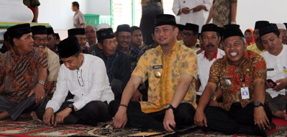 Pencerahan Qalbu Jum'at Ibadah Pemkab Gowa di Bajeng Barat