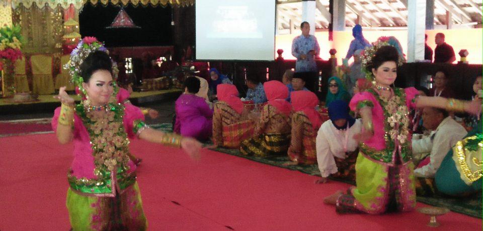 Sekda Terima Kunjungan IKADA di Benteng Somba Opu