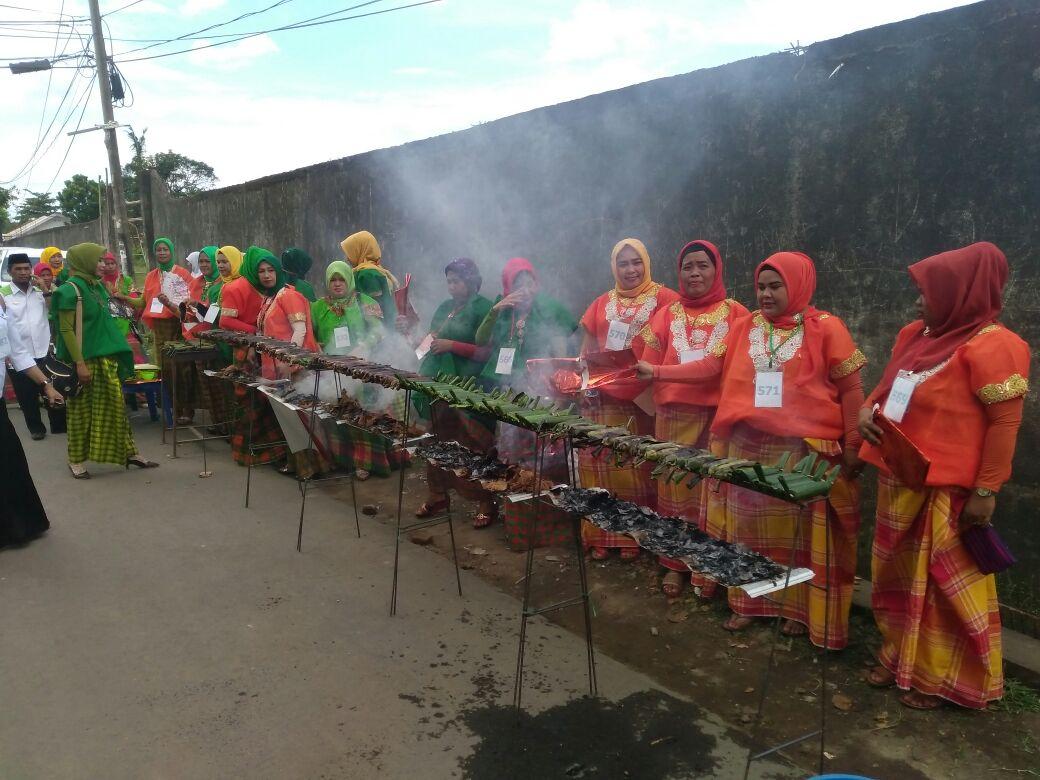 Pembakaran Gogos Kampili Terpanjang Warnai HJG Ke-696