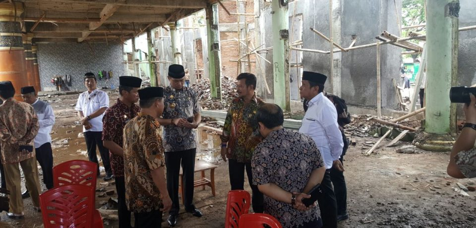 Satu Milyar Bantuan Gubernur Sulsel Untuk Masjid Agung Syekh Yusuf Gowa