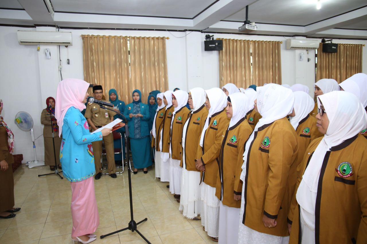 Priska Adnan Melantik Pengurus Da'iyah Kabupaten Gowa