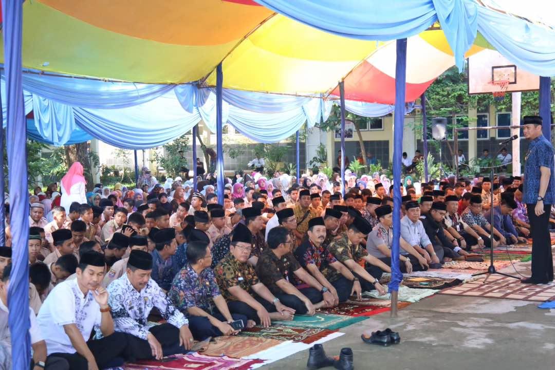 Adnan : Jum'at Ibadah Pembentuk Karakter Pendidikan, Iman dan Taqwa