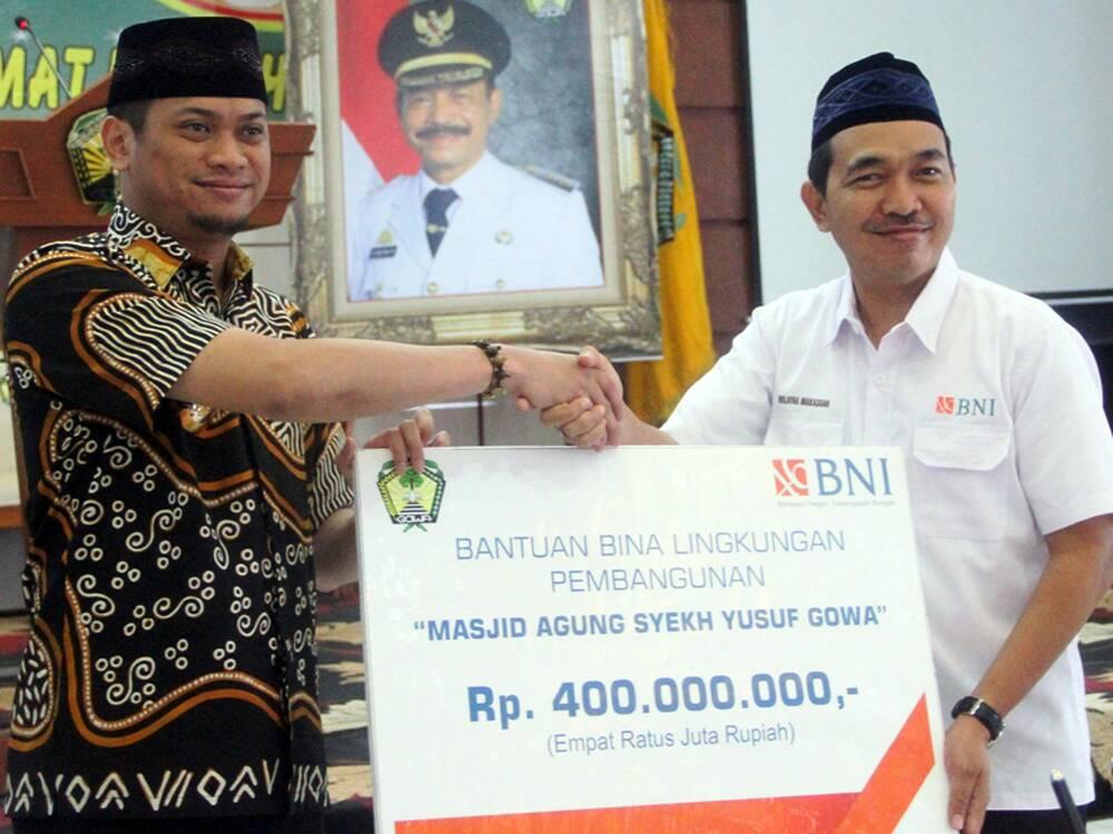 Masjid Agung Syekh Yusuf Terima CSR BNI