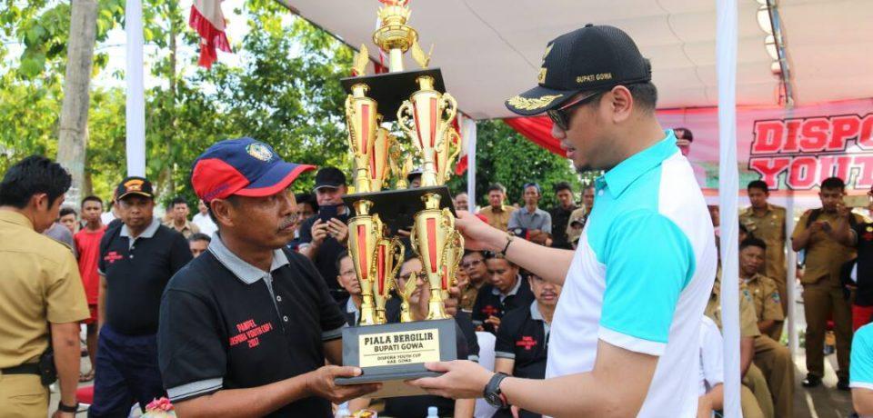Adnan Buka Turnamen Sepakbola Dispora Youth Cup I