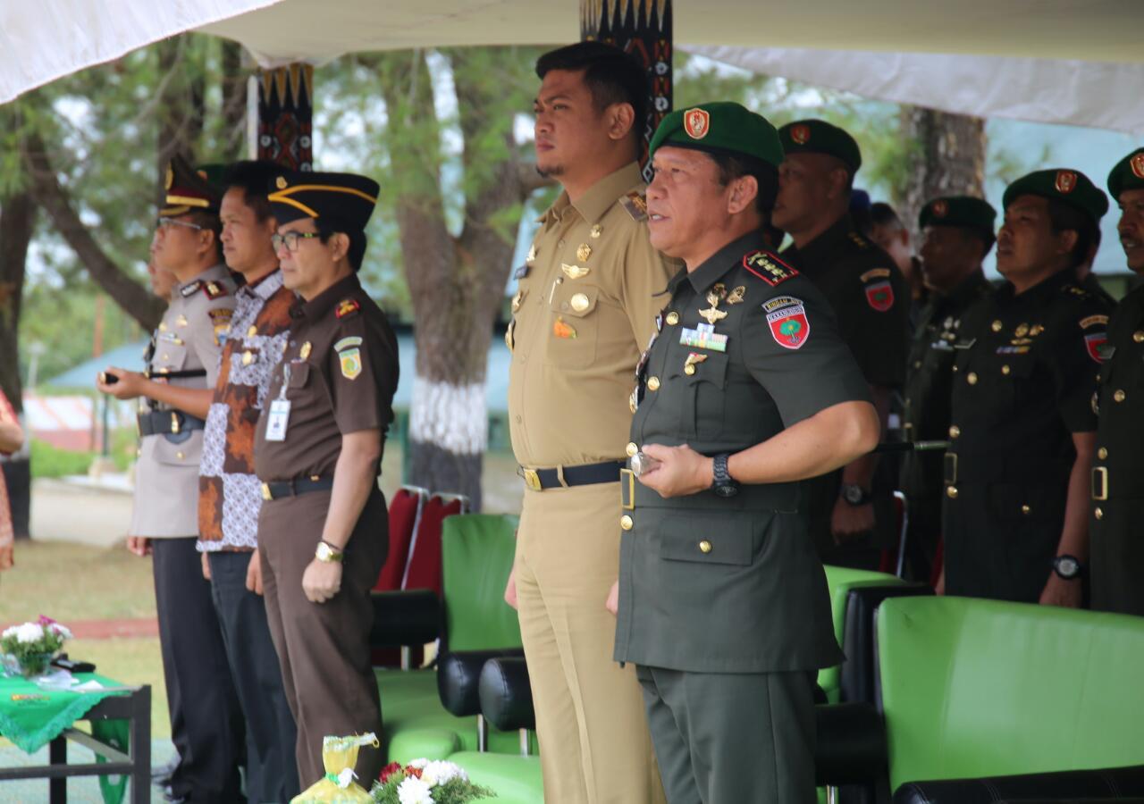 Adnan Hadiri Upacara Penutupan Pendidikan Pertama Tamtama TNI AD Gel.1 TA. 2017