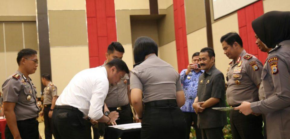 Adnan Hadiri Penandatangan MoU Program Pembinaan dan Pelatihan Calon Anggota Polri
