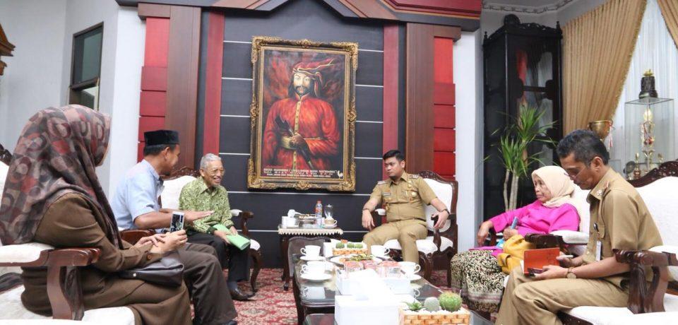 Ketua Yayasan Ponpes Nurfadillah Temui Bupati Adnan