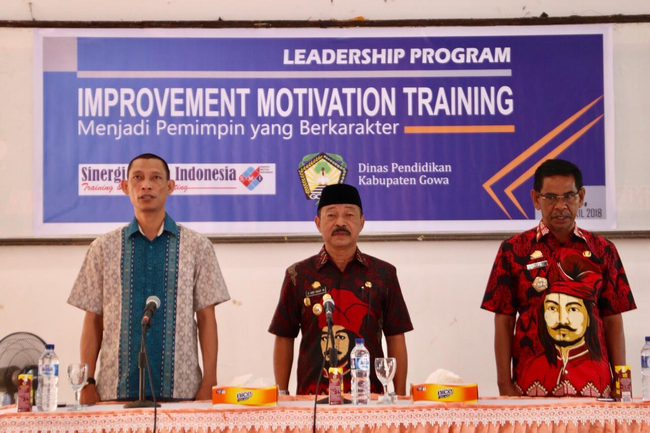 785 Kepsek Ikuti Leadership Program Improvement Motivation Training