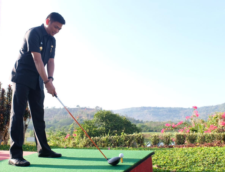 Buka Turnamen Golf Amatir, Adnan Harap akan lahir Golfer Handal
