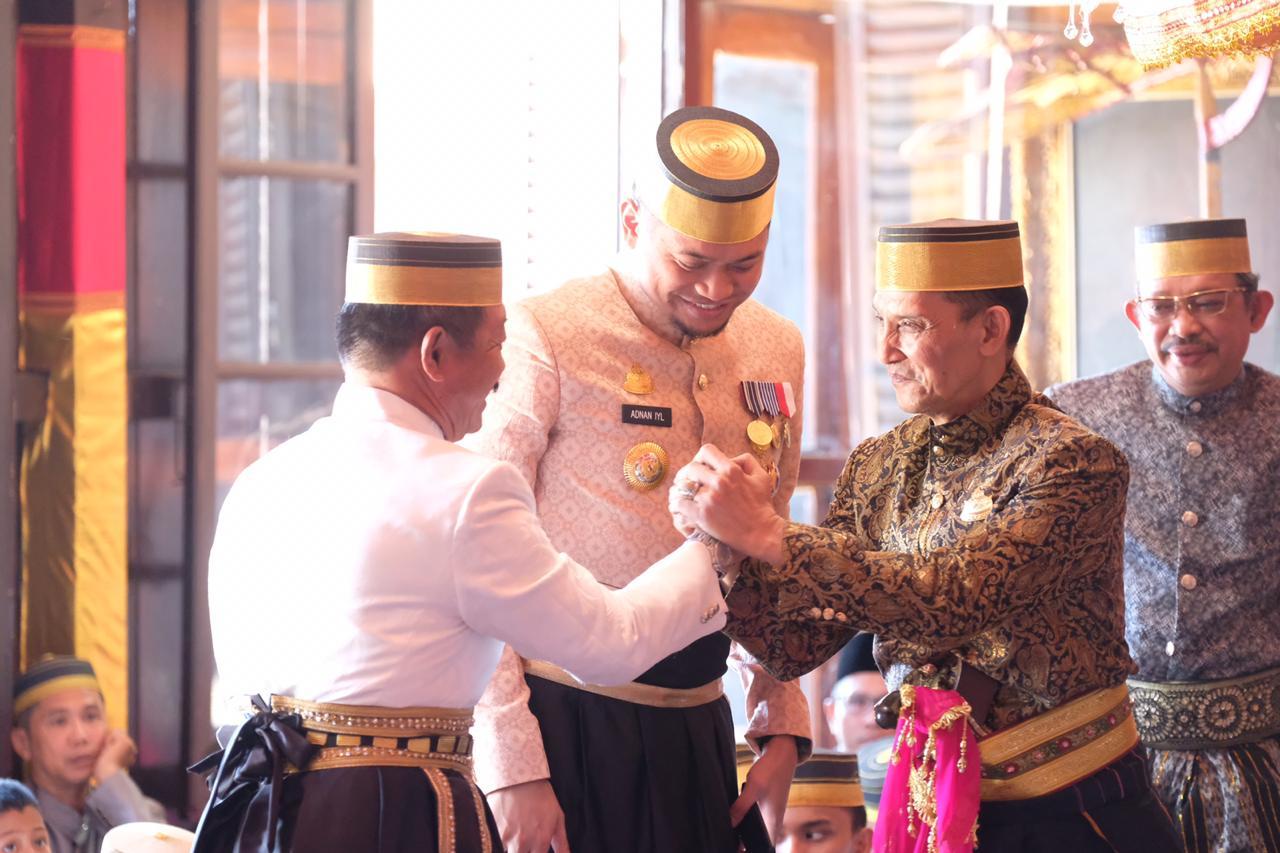 Accera Kalompoang Satukan Keluarga Raja Gowa dan Pemerintah