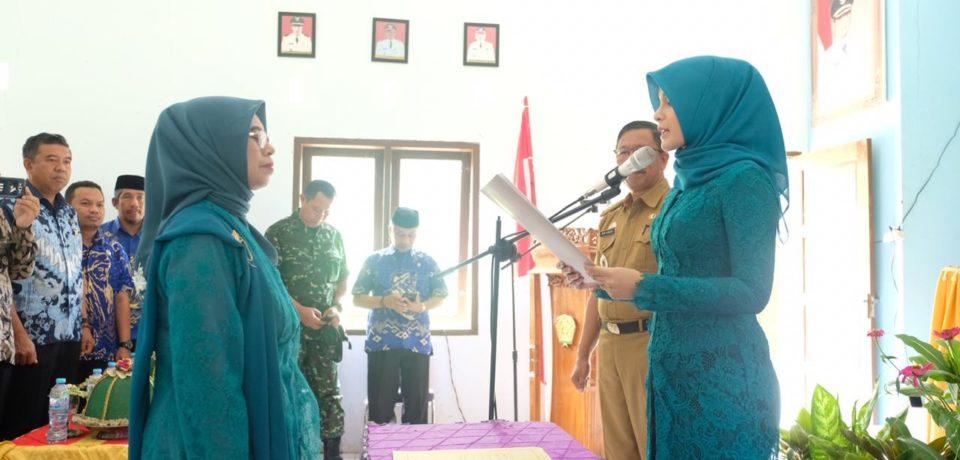 Priska Adnan Lantik Ketua PKK Kecamatan Parigi