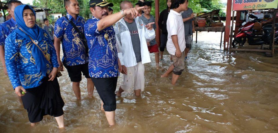 Wabup Gowa Tinjau Titik Banjir di Bontomarannu