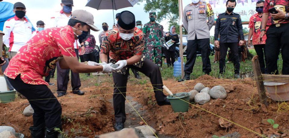 Wabup Gowa Lakukan Peletakan Batu Pertama Pembangunan Kantor Polsek dan Koramil Pattallassang