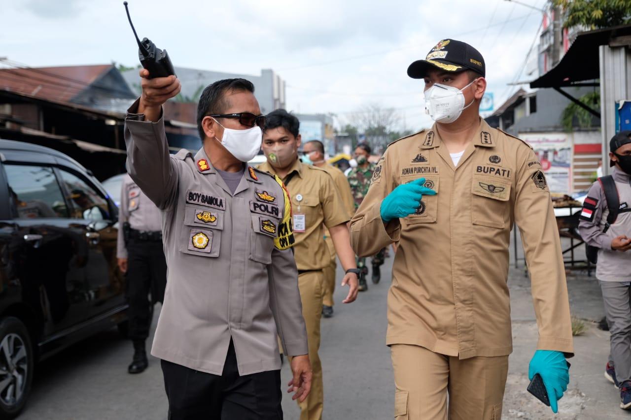 Tinjau Sejumlah Pos Pengamanan, Bupati Adnan Harap PSBB Berjalan Tertib