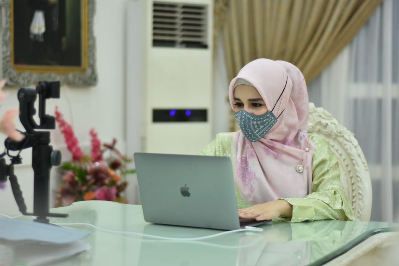 Priska Adnan Ikuti Online Meeting Bunda PAUD Se-Sulsel