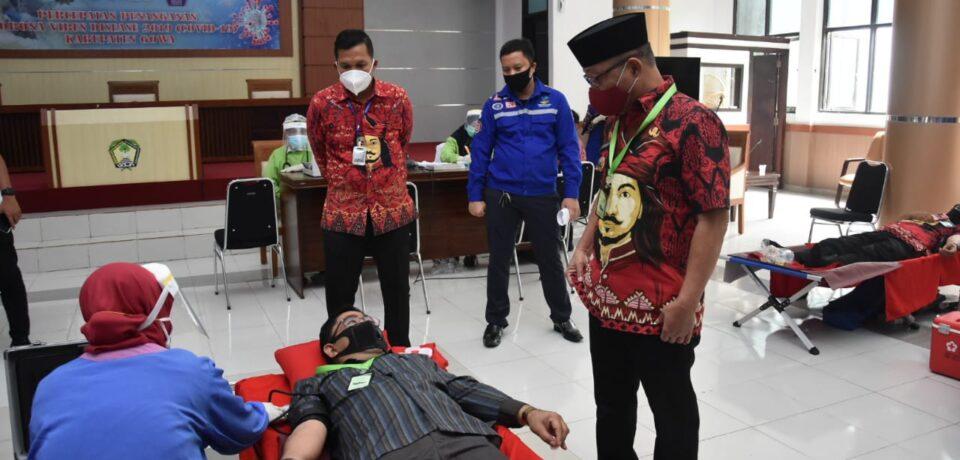 Pantau Pelaksanaan Kegiatan Donor Darah, Wabup Gowa Minta Tetap Terapkan Protokol Kesehatan