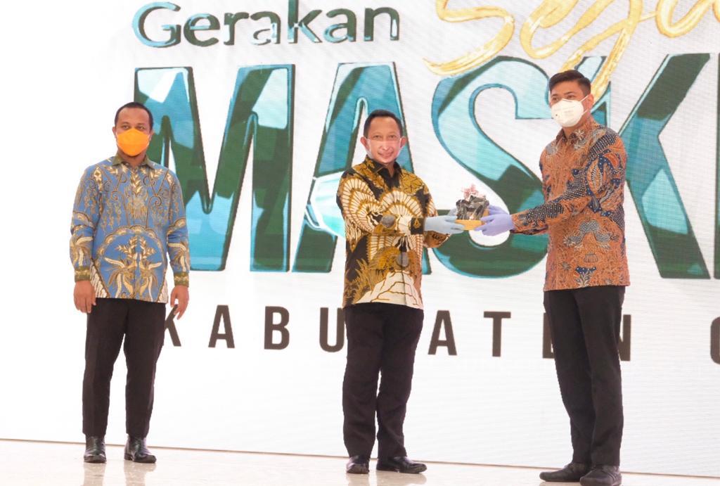 Mendagri Launching Gerakan Sejuta Masker Pemkab Gowa