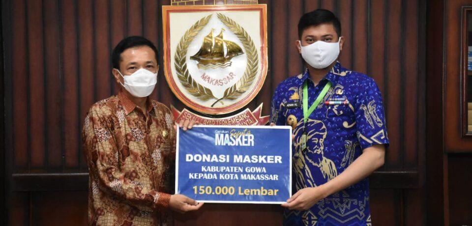 Bupati Gowa Serahkan 150 Ribu Masker kepada Walikota Makassar