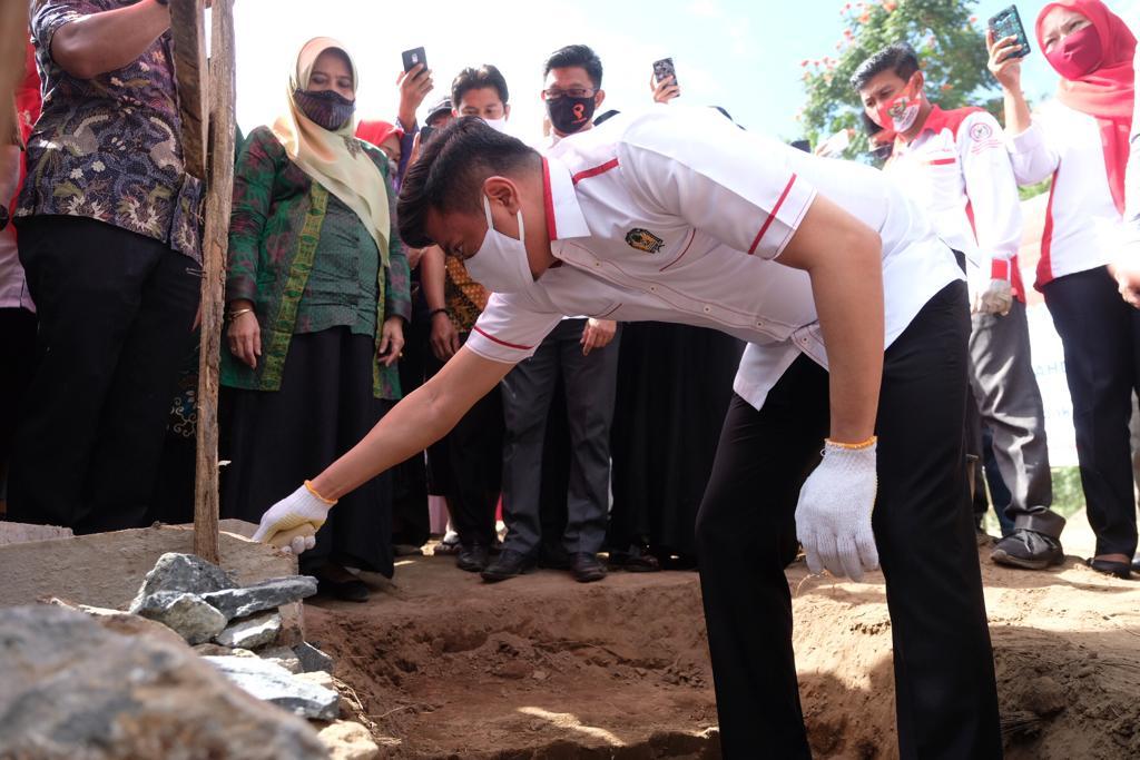 Bupati Gowa Lakukan Peletakan Batu Pertama Pembangunan PPTQ Jami'ul Qurra
