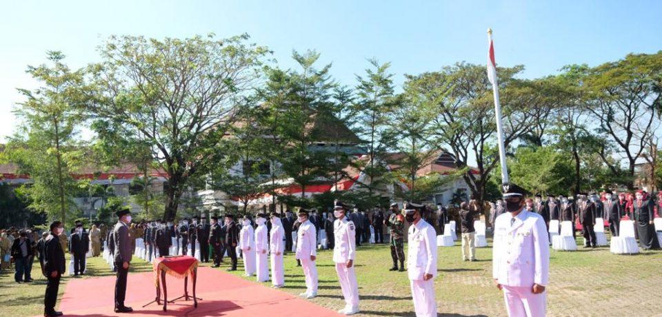 Adnan Lantik 76 Pejabat Tinggi Pratama, Administrator dan Pengawas Lingkup Pemkab Gowa