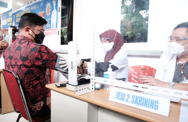 Vaksinasi di Gowa, Bupati Adnan Tak Penuhi Syarat Divaksin