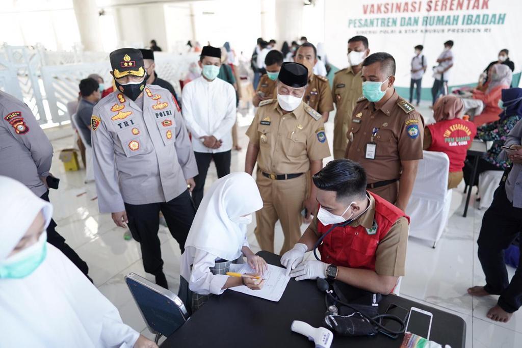 Desember 2021, Pemkab Gowa Target Cakupan Vaksinasi 70 Persen